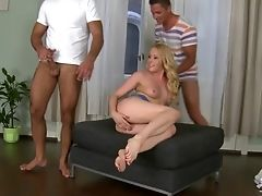 Double Penetration Blonde Lola Taylor Takes Two Stiff Peckers