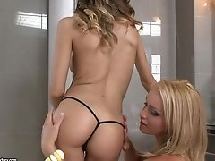 Kathia Nobili And Candy Love Make Out In The Bathroom