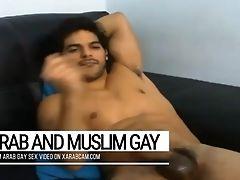 Arab Homosexual Moroccan Hicham's Gifts: Beauty & Splendid Dick