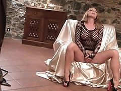 Fabulously Hot Stunner Silvia Saint Needs Nothing But A Bang-out Equipment In Her Fuck Fuck-hole To Be Satiated
