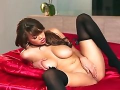 Twistys - Big-titted Dark-hued Teenage Cassidy Banks Plays With Her Coochie